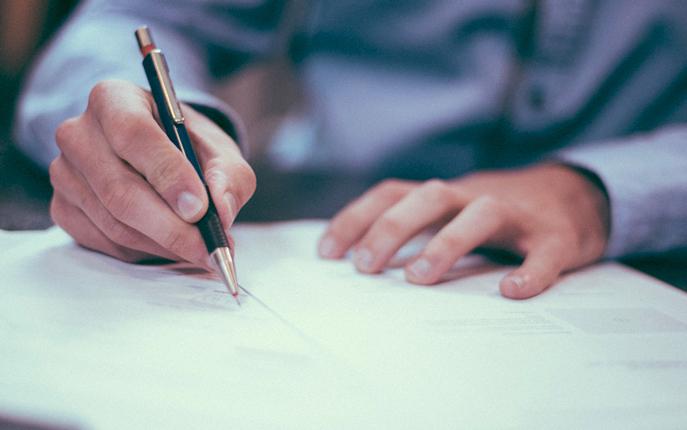 راهنمای کوتاه بررسی و تنظیم قرارداد استارتاپ